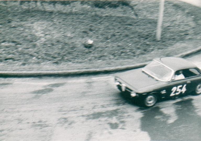 Citeroni Luigi 2 - Alfa Romeo GT 1300 Junior