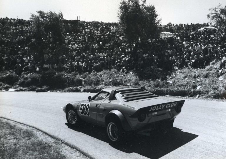1977 Odoacre Chieli  al primo tornante su Lancia Stratos gr.4