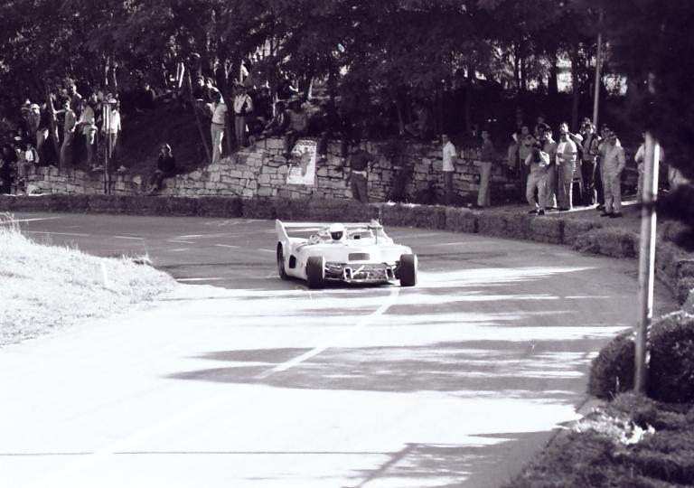 1978 Una vettura sport chiude la gara senza musetto!